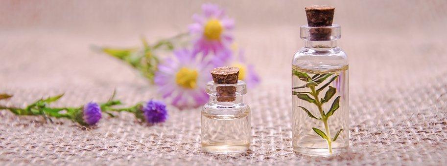 essential-oils-3084952__340