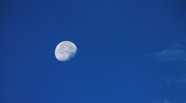 moon-1538068__340