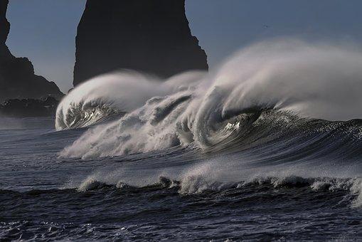 wave-2089959__340
