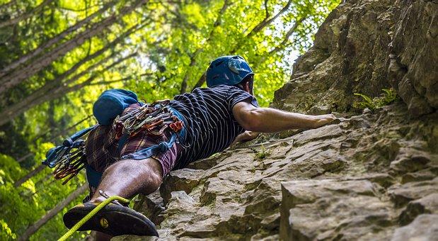 climbing-2609319__340