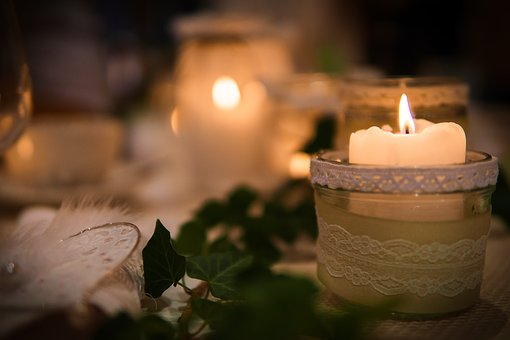 candlelight-2826332__340