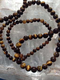 tigers-eye-beads-1708990__340
