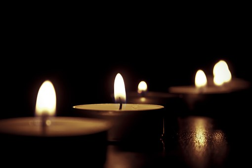 candles-209157__340 (1)
